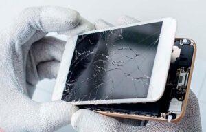 Когда необходимо заменять тачскрин на iPhone?